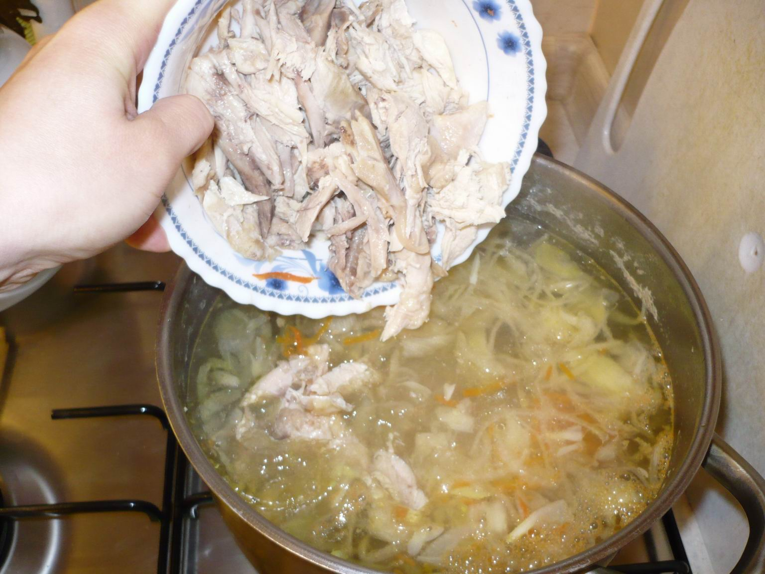 Как сделать суп из домашней лапши